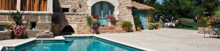 Assurance piscine jardin