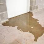 À qui incombe la responsabilité en cas de dégât des eaux dans les logements en location ?