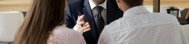 Le contact direct avec les professionnels de l'assurance est préféré aux canaux digitaux