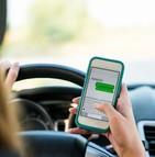 Les Français souhaitent des sanctions plus sévères pour lutter contre l'usage du téléphone au volant