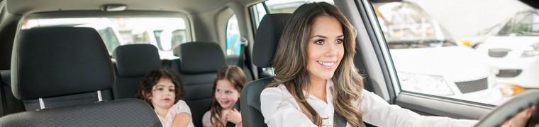 Les mères de famille sont de très grandes et bonnes conductrices de voiture