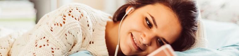 Mises en garde sur la santé auditive des jeunes