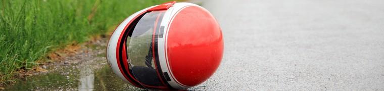 Le motard qui chute garde sa qualité de conducteur