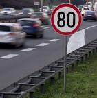 Peut-on associer la baisse de mortalité routière à la nouvelle limitation de vitesse ?