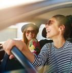Pourquoi les produits d'assurance sont-ils plus coûteux pour les jeunes conducteurs ?