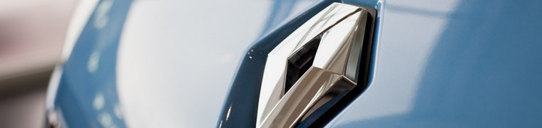 Renault et PSA tentent d'assurer leur place sur les marchés national et international