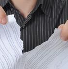 résiliation contrat assureur procédure surendettement aggravation risque