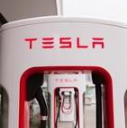 Tesla proposera bientôt des offres d'assurance ?
