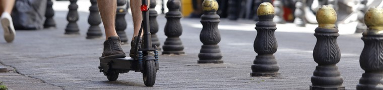 Les trottinettes électriques ne sont pas suffisamment encadrées par la législation française
