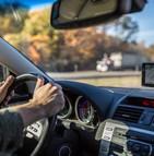 Les voitures neuves seraient-elles bientôt équipées de boîtes noires et de limiteurs de vitesse ?